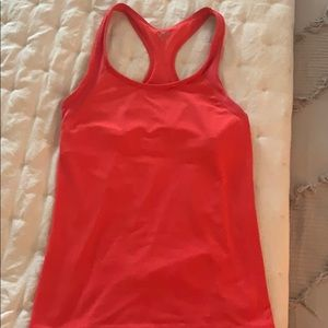 Work out tank with built in bra/shelf